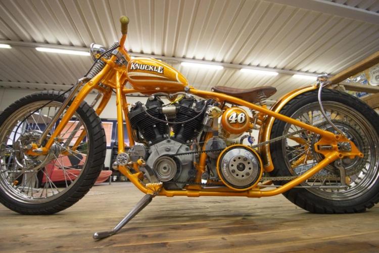 Moto 10