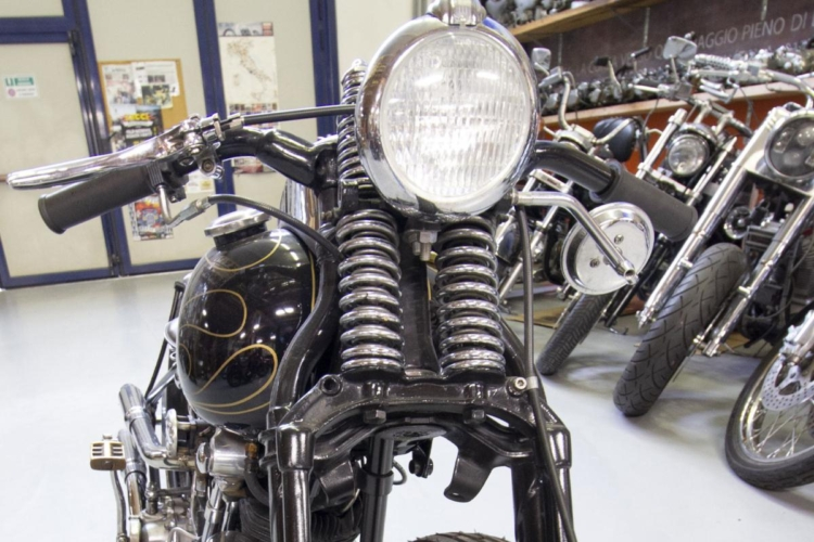 Moto 11